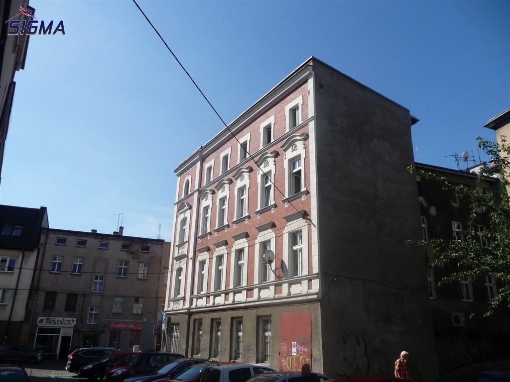 Mieszkanie trzypokojowe na sprzedaż Bytom, Centrum  102m2 Foto 2