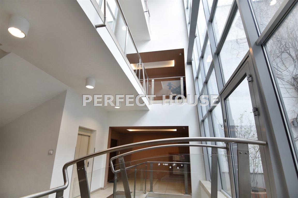 Luksusowe mieszkanie czteropokojowe  na sprzedaż Poznań, Centrum  142m2 Foto 3