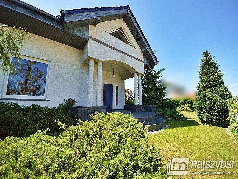Dom na sprzedaż Bezrzecze, Centrum  270m2 Foto 1