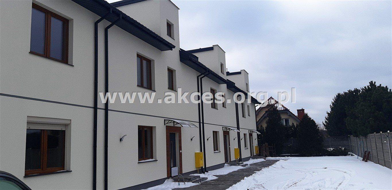 Mieszkanie trzypokojowe na sprzedaż Kobyłka, Mareta  68m2 Foto 1