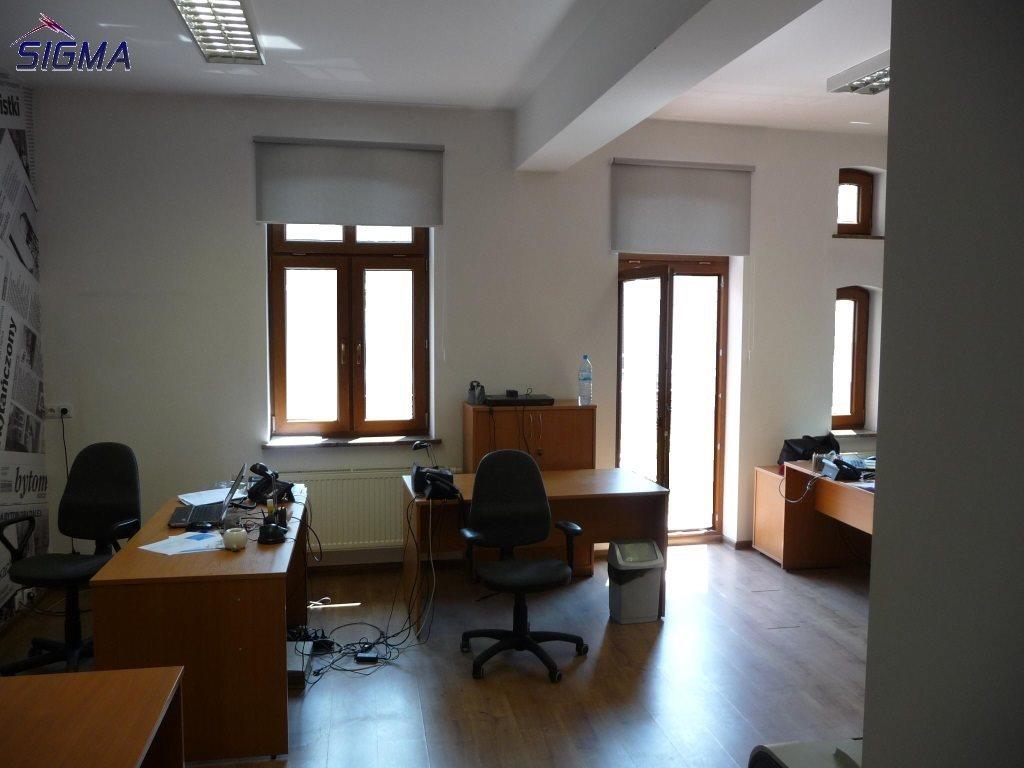 Lokal użytkowy na wynajem Bytom, Centrum  77m2 Foto 1