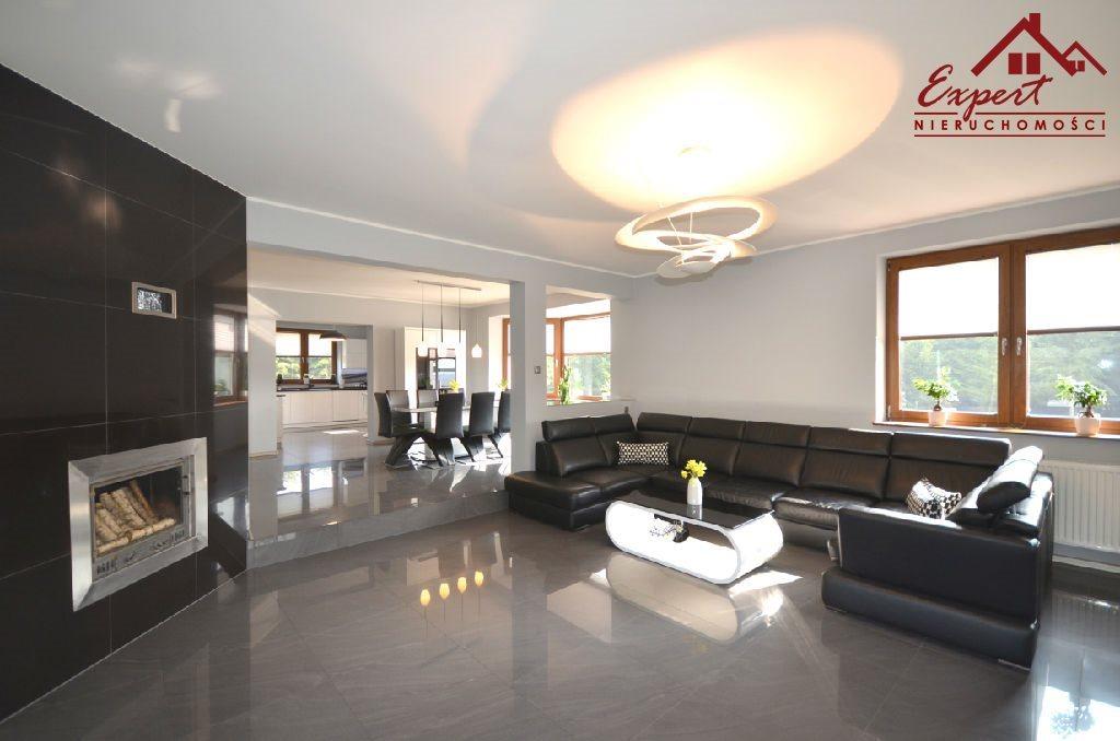 Dom na sprzedaż Wikielec  288m2 Foto 1