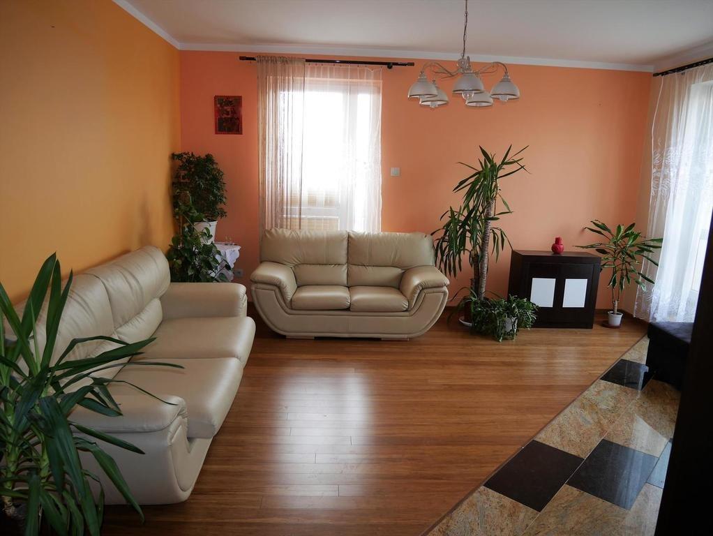 Mieszkanie trzypokojowe na sprzedaż Kielce, Szydłówek, Klonowa  65m2 Foto 2