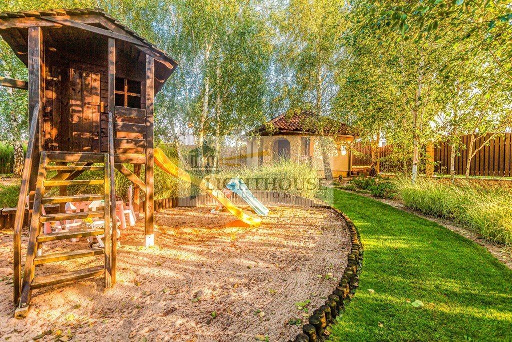 Dom na sprzedaż Różyny  256m2 Foto 9
