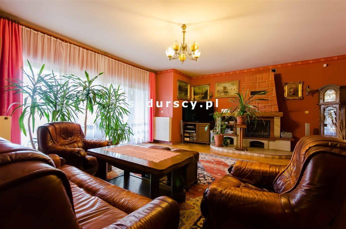Dom na sprzedaż Kraków, Swoszowice, Opatkowice, Leona Petrażyckiego  560m2 Foto 1