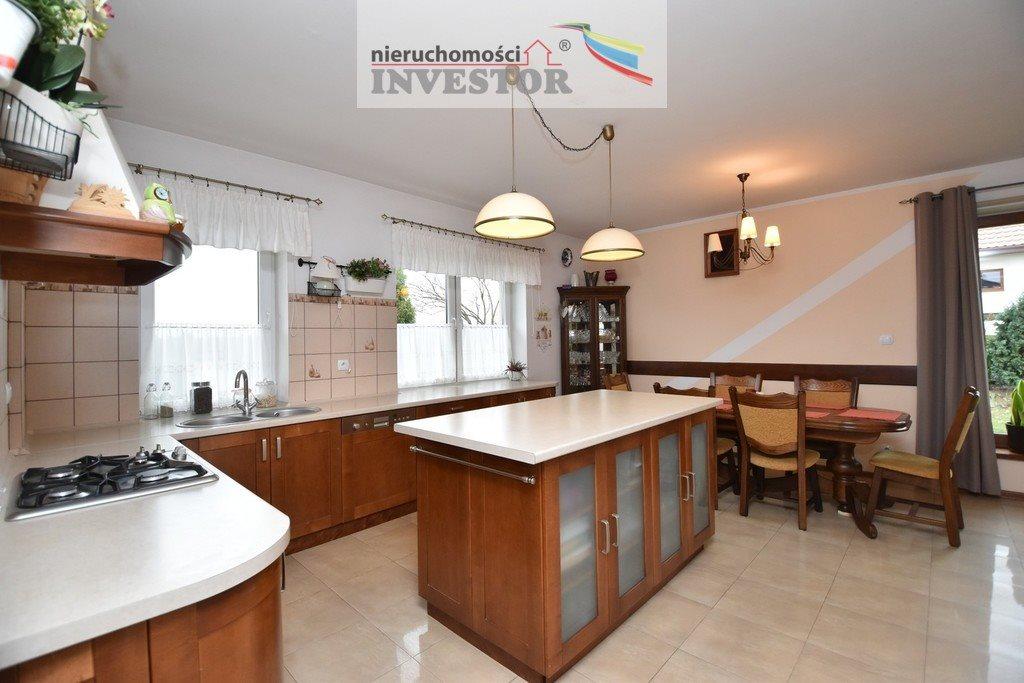 Dom na sprzedaż Ostrowiec Świętokrzyski  190m2 Foto 4