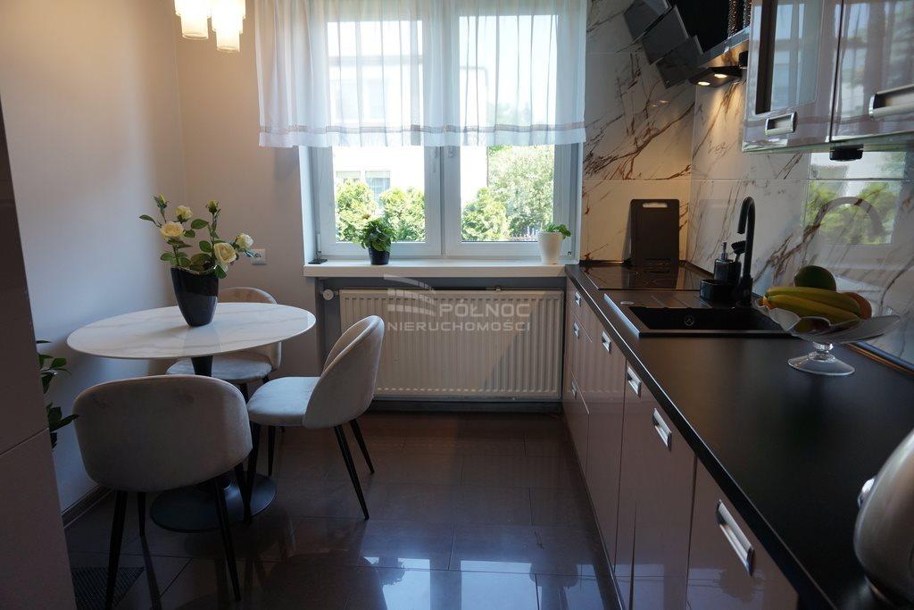 Dom na sprzedaż Pabianice, Dom w zabudowie bliźniaczej, Karniszewice  218m2 Foto 3