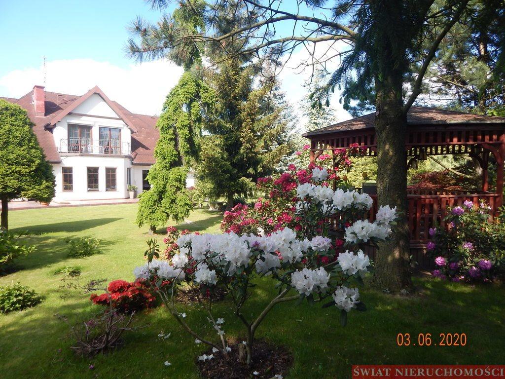Dom na sprzedaż Żerniki Wrocławskie  250m2 Foto 1