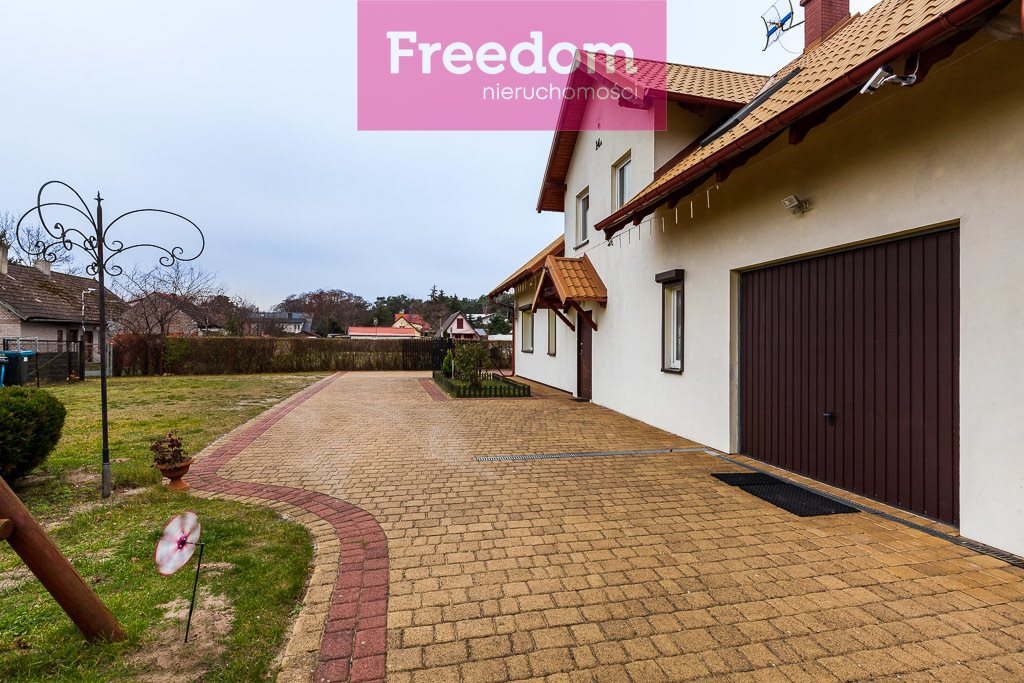 Dom na sprzedaż Jantar  203m2 Foto 1