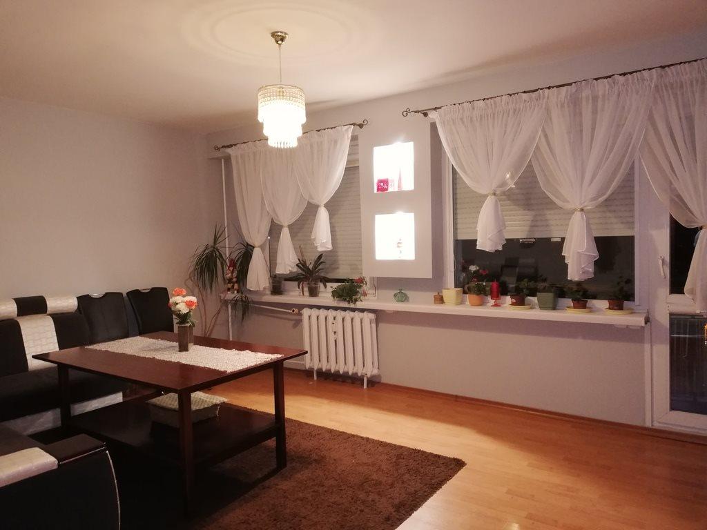 Mieszkanie trzypokojowe na sprzedaż Inowrocław  61m2 Foto 1