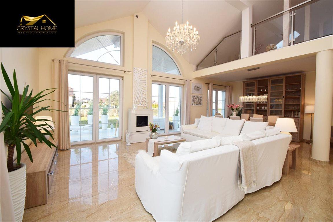Dom na sprzedaż Żarów  230m2 Foto 3