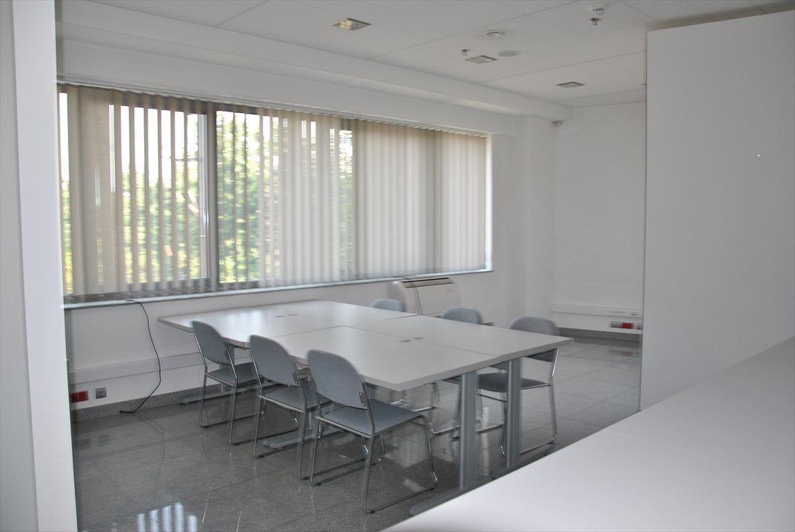 Lokal użytkowy na wynajem Mroków, Biuro Na Wynajem  200m2 Foto 1