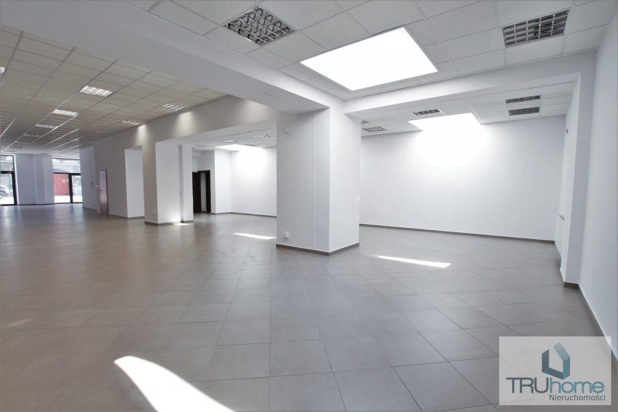 Lokal użytkowy na wynajem Katowice, Śródmieście  240m2 Foto 1