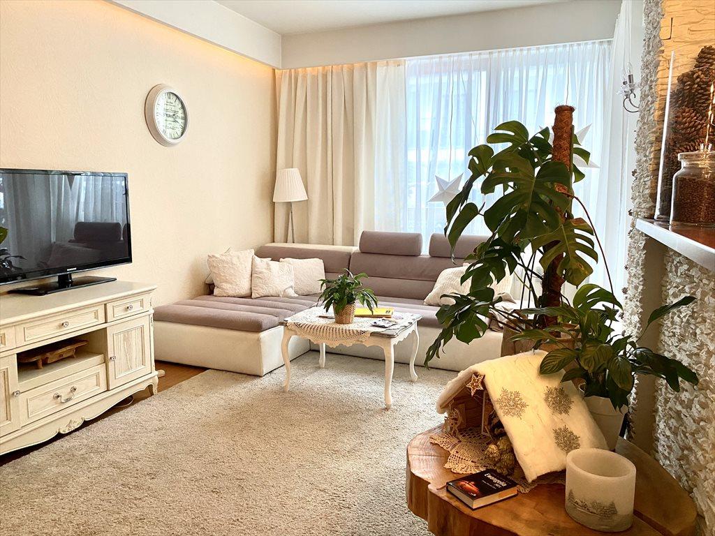 Mieszkanie dwupokojowe na sprzedaż Warszawa, Wilanów, Hlonda  62m2 Foto 1