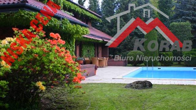 Dom na sprzedaż Dąbrowa, Interesująca lokalizacja w Dąbrowie Leśnej  560m2 Foto 1