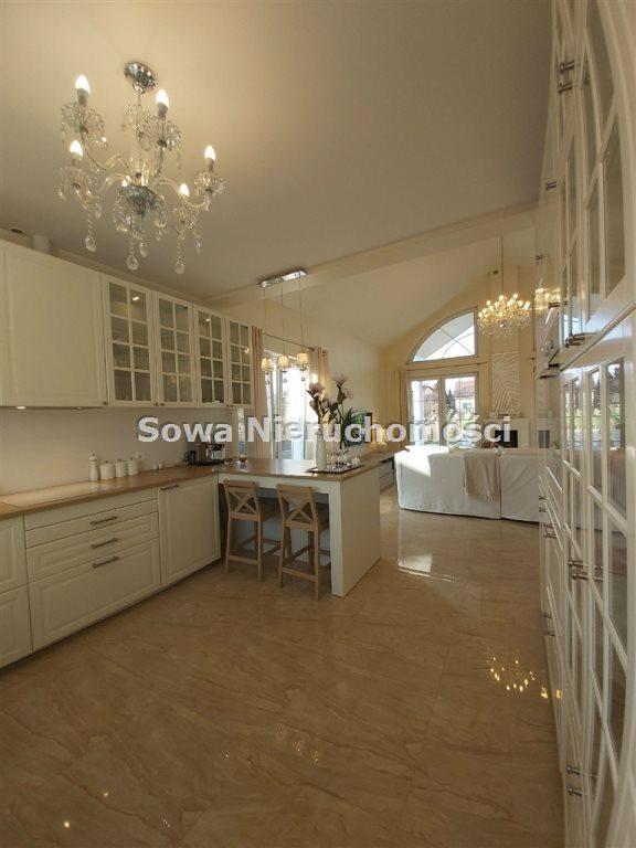 Dom na sprzedaż Żarów  230m2 Foto 5