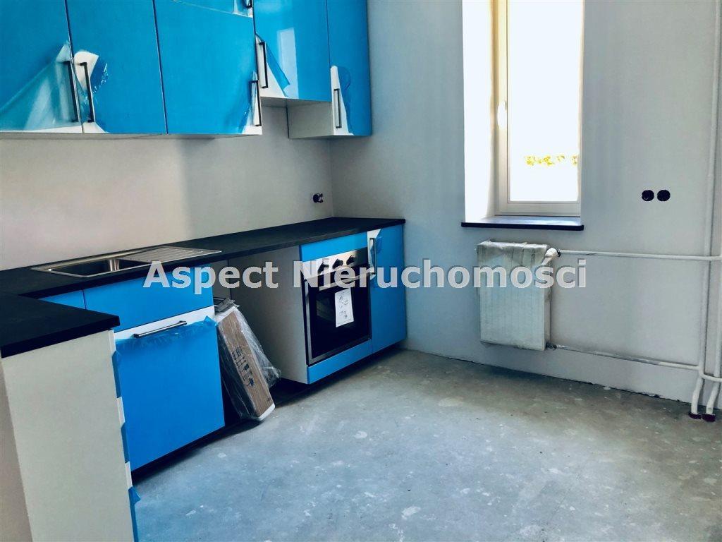 Mieszkanie dwupokojowe na sprzedaż Częstochowa, Raków  49m2 Foto 2