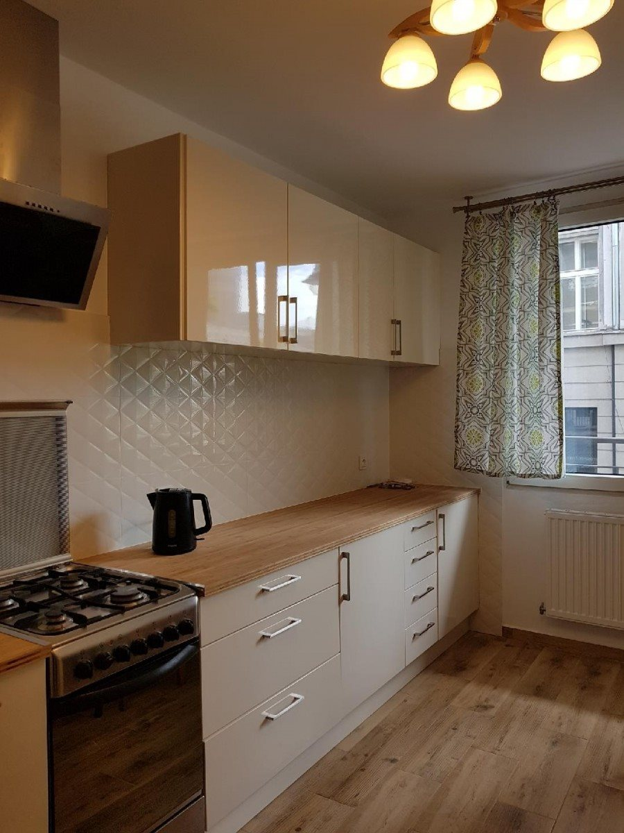 Mieszkanie trzypokojowe na sprzedaż Warszawa, Śródmieście, Kredytowa  76m2 Foto 3