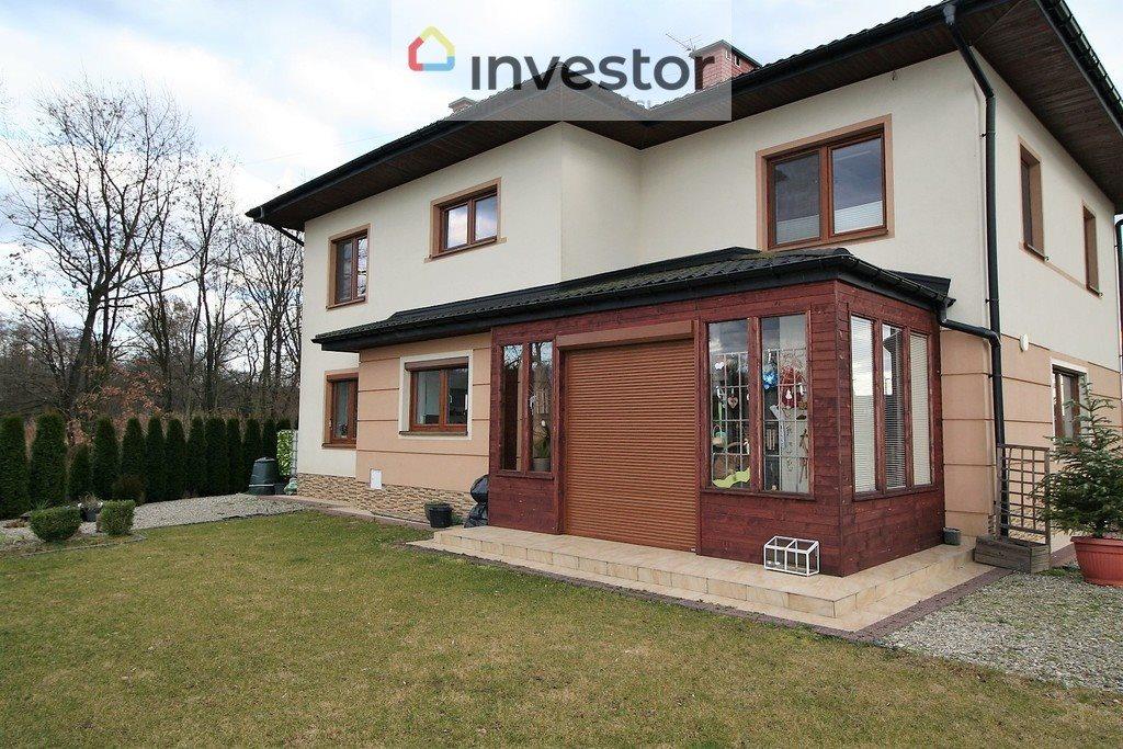 Dom na sprzedaż Tarnowiec  207m2 Foto 1
