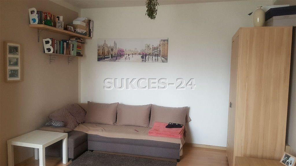 Mieszkanie dwupokojowe na sprzedaż Kraków, Bieńczyce  37m2 Foto 1