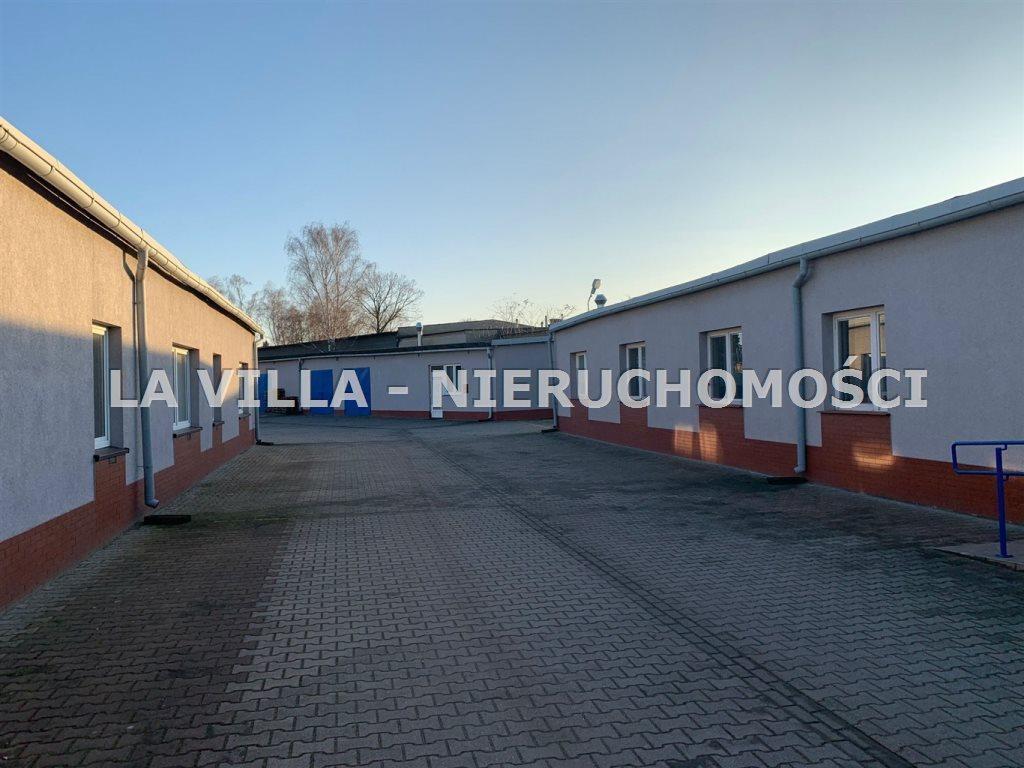 Lokal użytkowy na wynajem Leszno  218m2 Foto 1