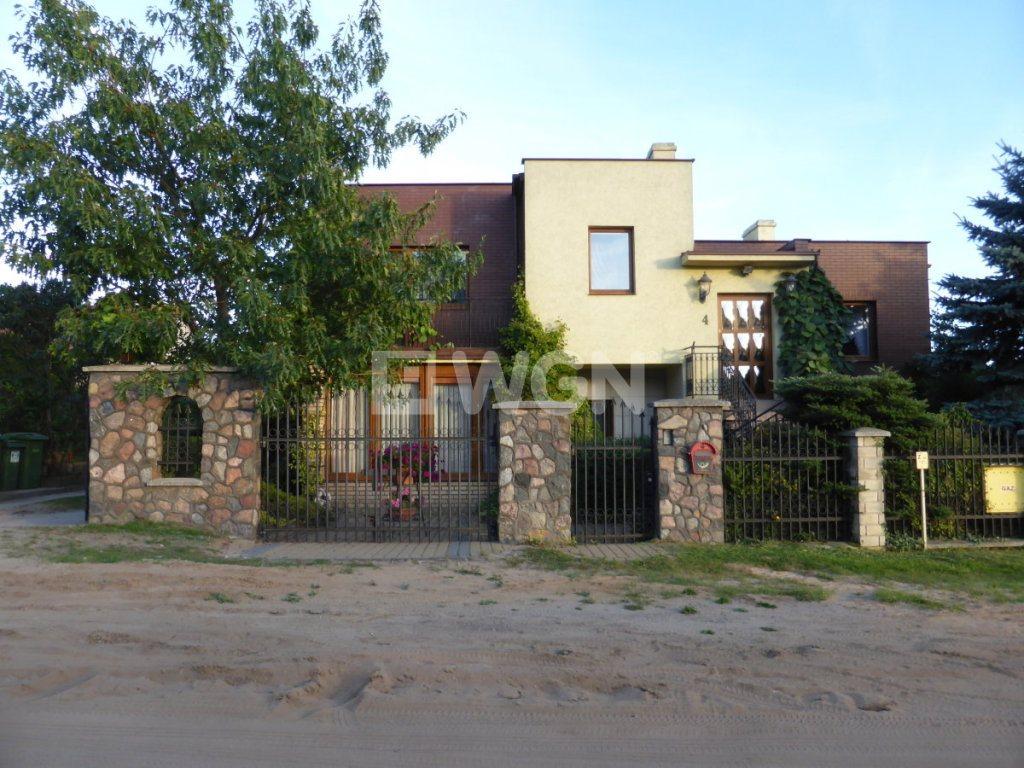 Dom na sprzedaż Starogard Gdański, Osiedle Rzemieślnicze, Osiedle Rzemieślnicze  290m2 Foto 3