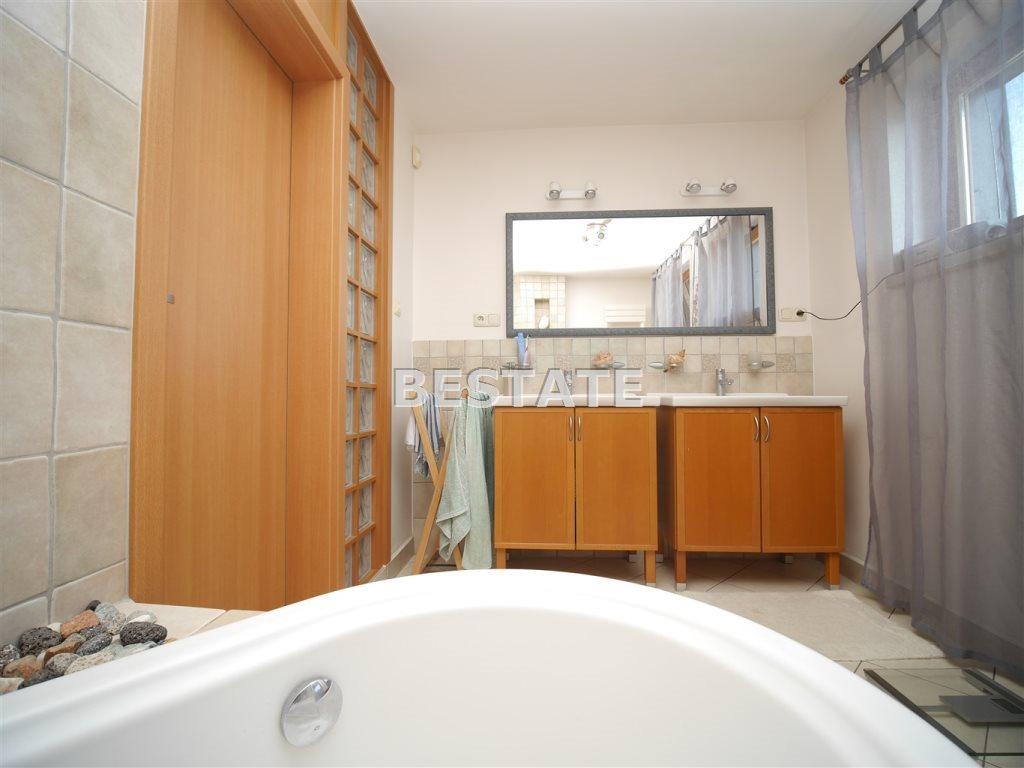 Dom na sprzedaż Tarnowiec  250m2 Foto 10