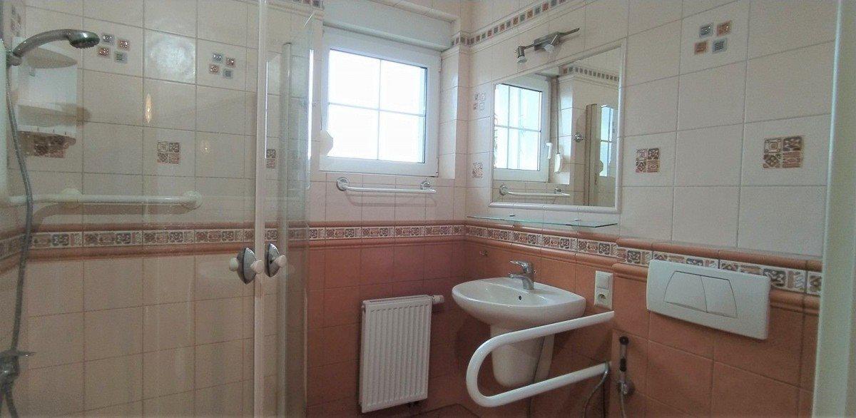 Dom na sprzedaż Sady  220m2 Foto 12