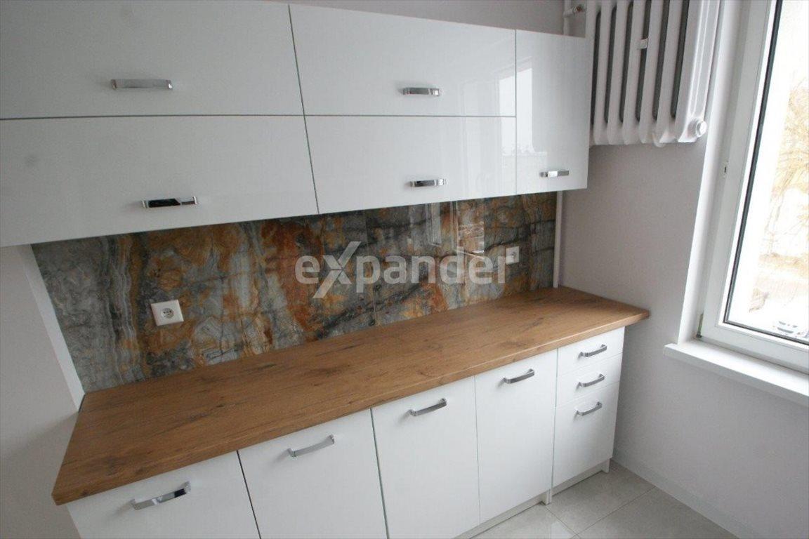 Mieszkanie dwupokojowe na sprzedaż Częstochowa, Tysiąclecie  46m2 Foto 3