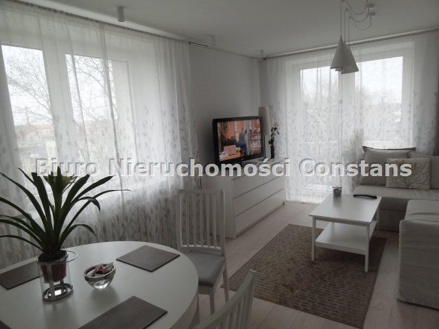 Mieszkanie dwupokojowe na wynajem Częstochowa, Centrum  47m2 Foto 1
