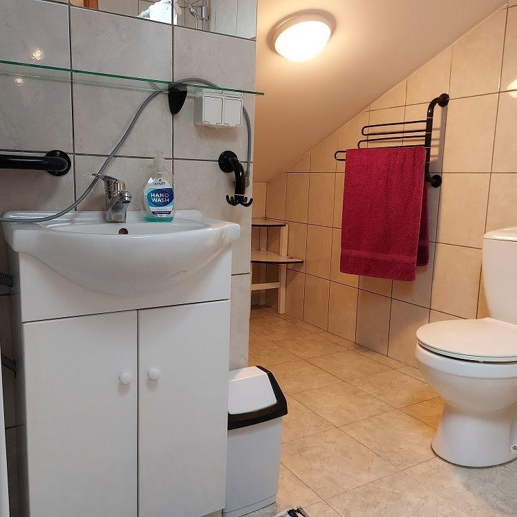 Mieszkanie dwupokojowe na wynajem Bielsko-Biała, Kamienica  60m2 Foto 11