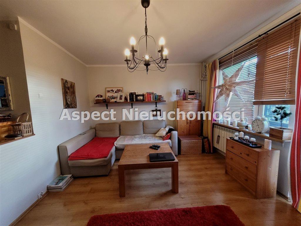 Mieszkanie trzypokojowe na sprzedaż Radom  59m2 Foto 1