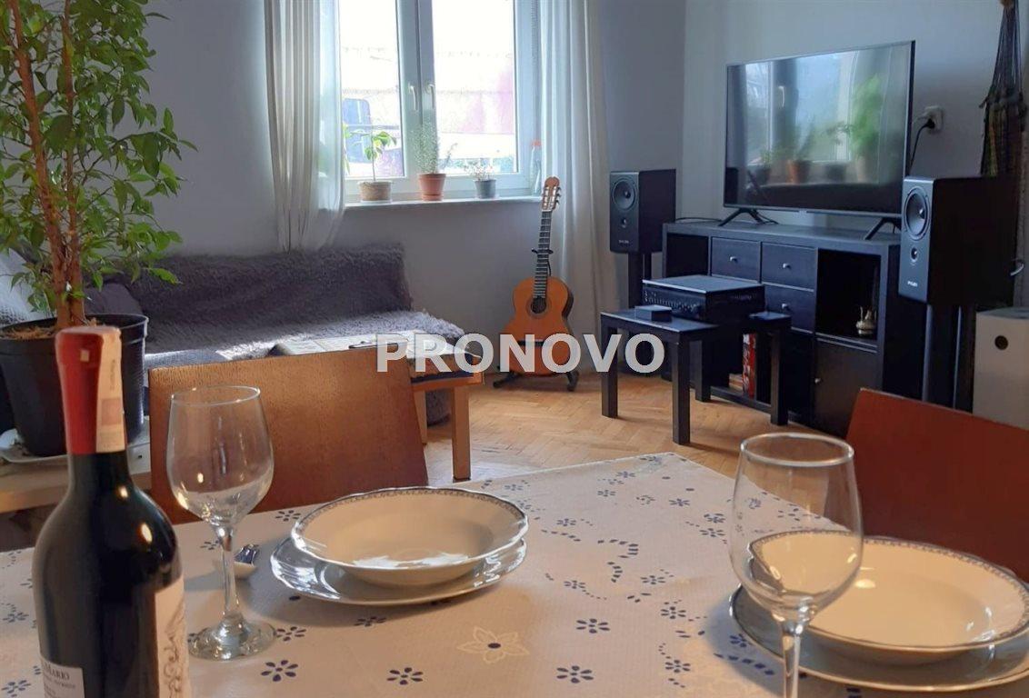 Mieszkanie dwupokojowe na sprzedaż Kraków  48m2 Foto 1