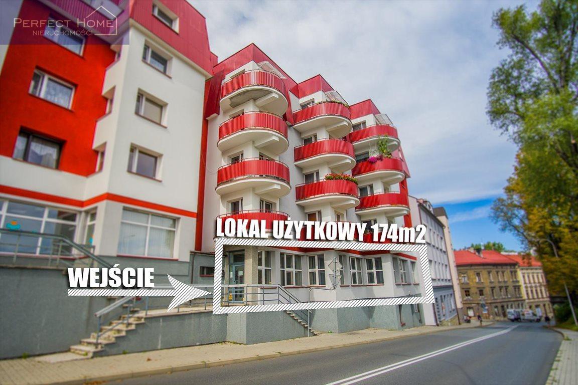 Lokal użytkowy na sprzedaż Cieszyn  175m2 Foto 1