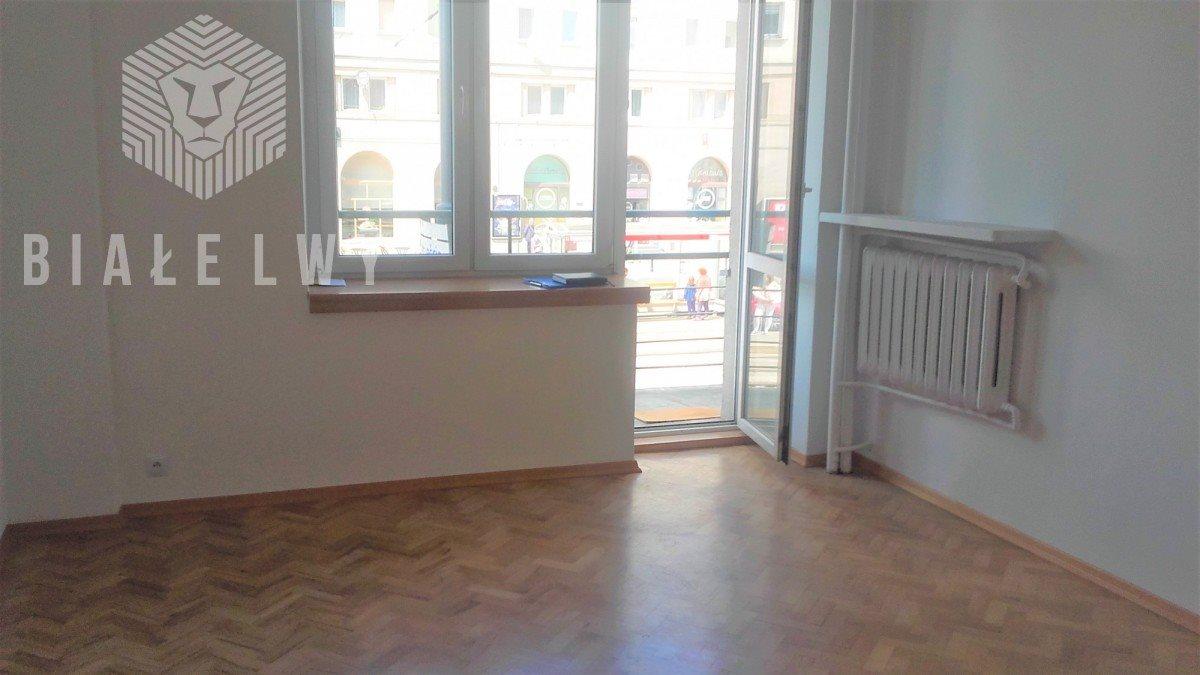 Mieszkanie trzypokojowe na sprzedaż Warszawa, Śródmieście, Aleja Solidarności  65m2 Foto 1