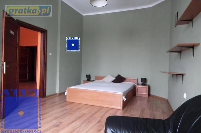 Mieszkanie dwupokojowe na wynajem Gliwice, Centrum, Stanisława Dubois  67m2 Foto 1
