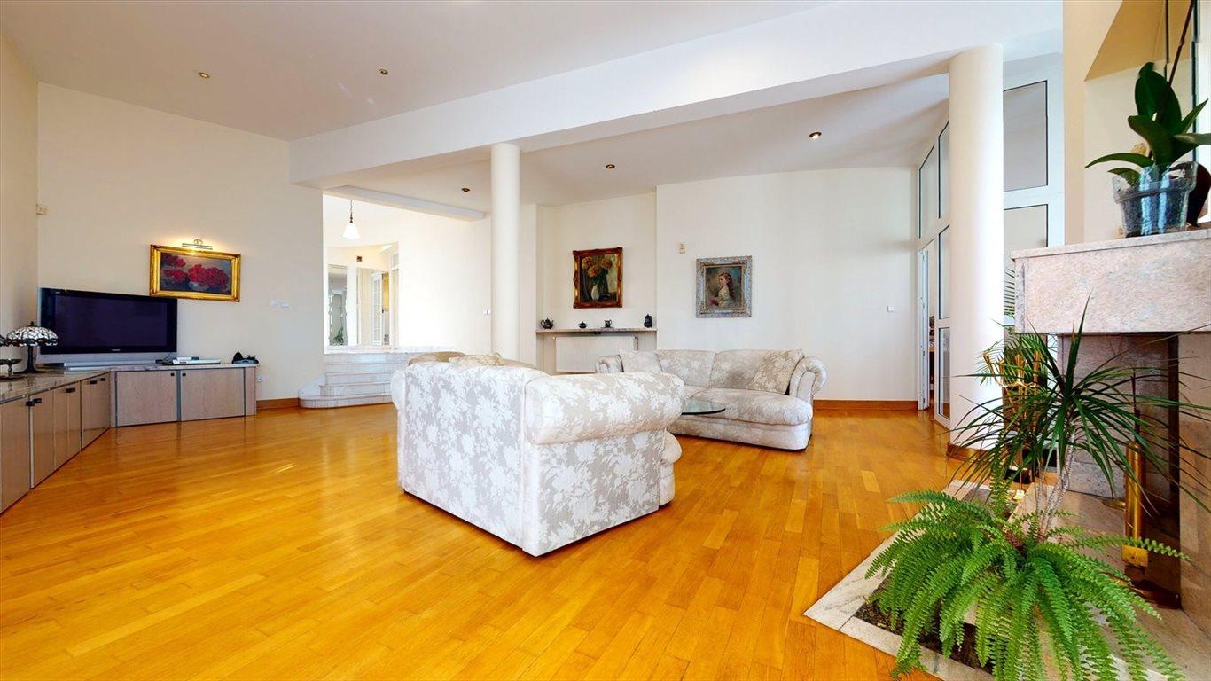Dom na sprzedaż Laski  580m2 Foto 6