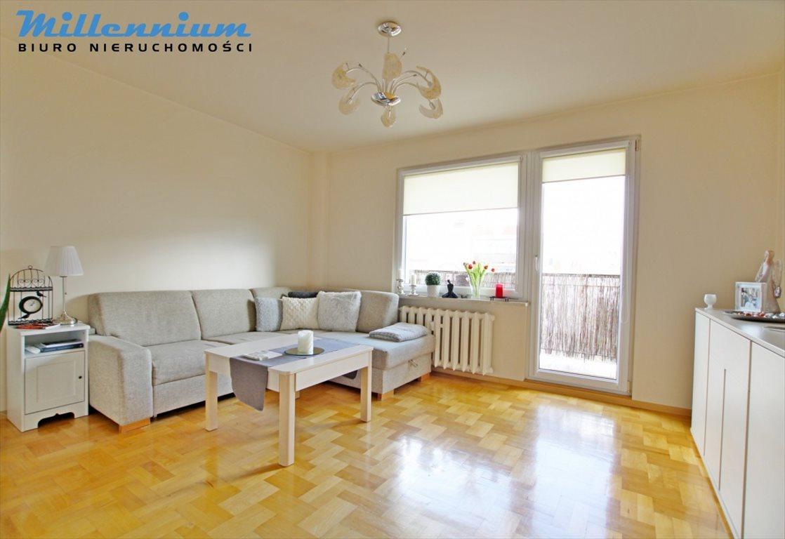 Mieszkanie trzypokojowe na sprzedaż Rumia, Janowo, Poznańska  56m2 Foto 1