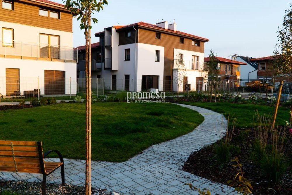 Mieszkanie trzypokojowe na sprzedaż Wrocław, Psie Pole, Kiełczów  65m2 Foto 1