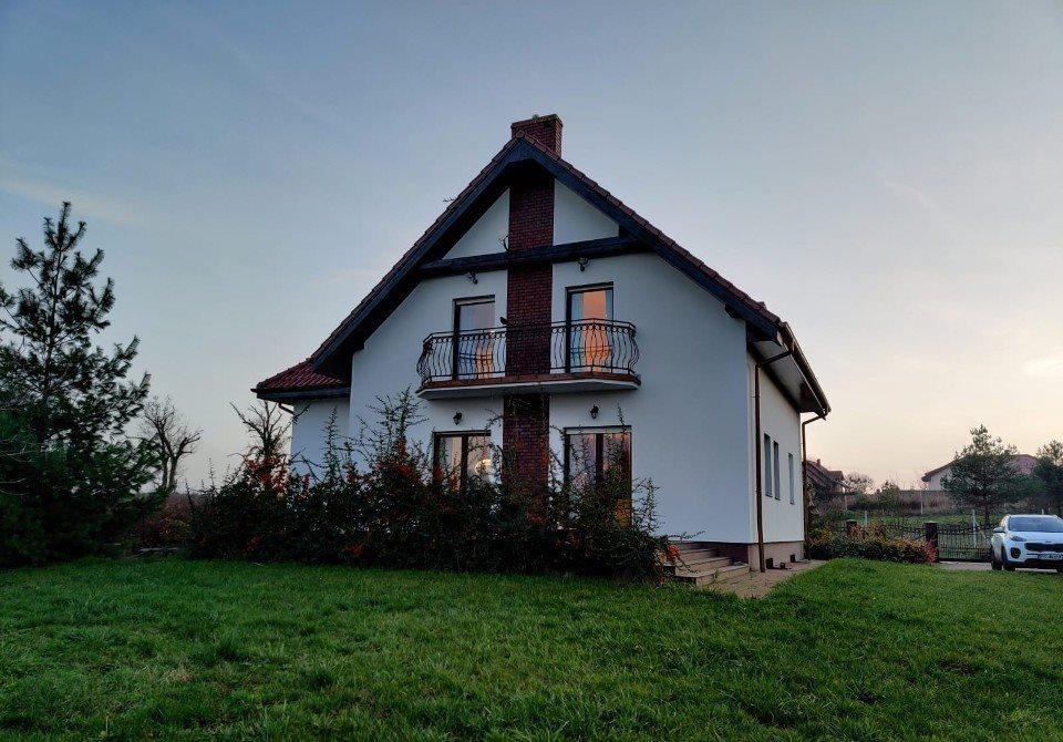 Dom na sprzedaż Napachanie  200m2 Foto 1
