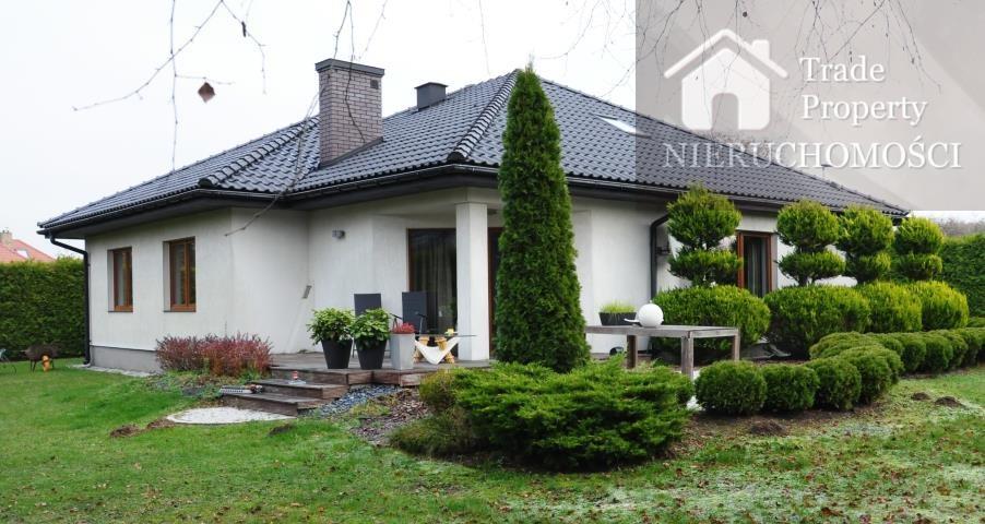 Dom na sprzedaż Borowa Góra  180m2 Foto 1