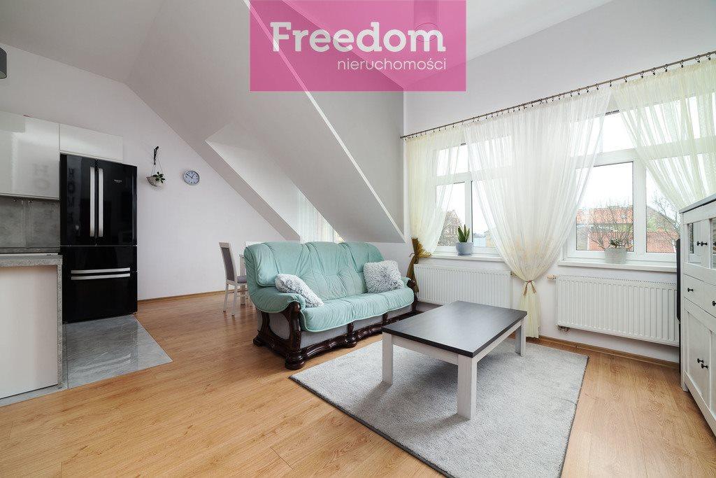 Mieszkanie trzypokojowe na sprzedaż Mrągowo, 8 Maja  64m2 Foto 4
