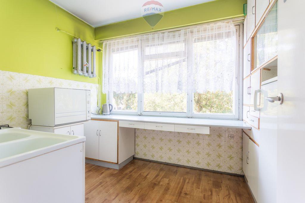 Mieszkanie czteropokojowe  na sprzedaż Pabianice, Stanisława Moniuszki  58m2 Foto 1