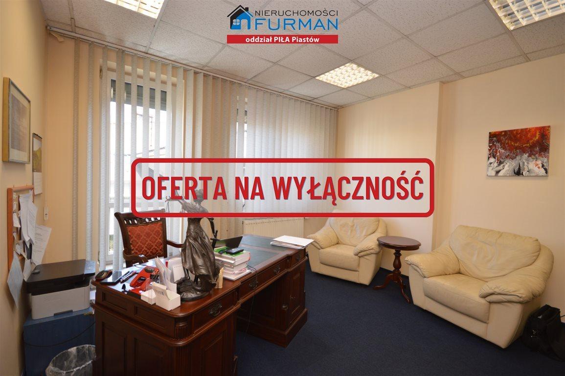 Lokal użytkowy na wynajem Piła, Śródmieście, pl. Konstytucji 3 Maja  27m2 Foto 2