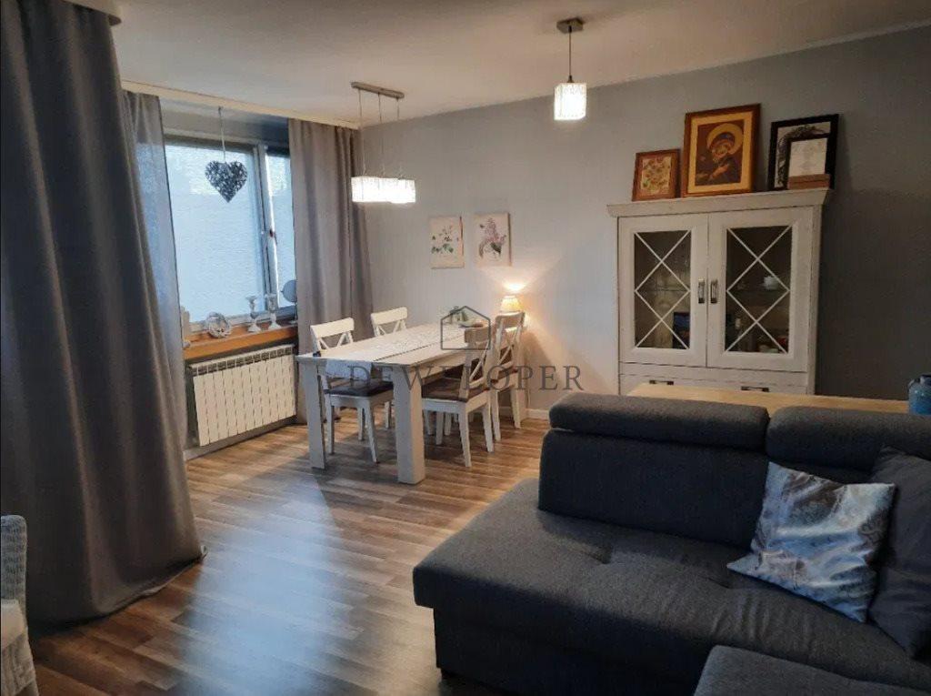 Mieszkanie dwupokojowe na sprzedaż Sosnowiec, Zagórze, Piękna  57m2 Foto 2