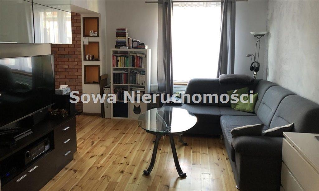 Mieszkanie trzypokojowe na sprzedaż Jelenia Góra, Centrum  71m2 Foto 2