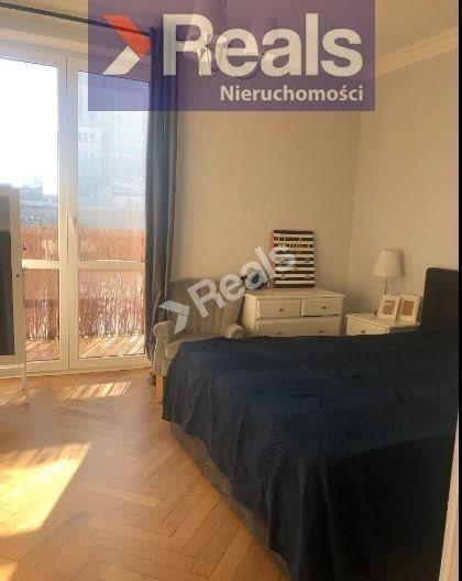 Mieszkanie dwupokojowe na wynajem Warszawa, Śródmieście, Śródmieście Północne, Świętokrzyska  56m2 Foto 1