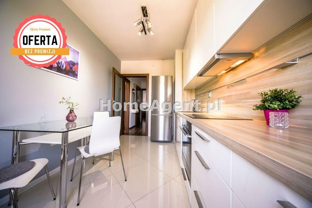 Mieszkanie trzypokojowe na sprzedaż Katowice, Kostuchna, Bażantowo  68m2 Foto 1