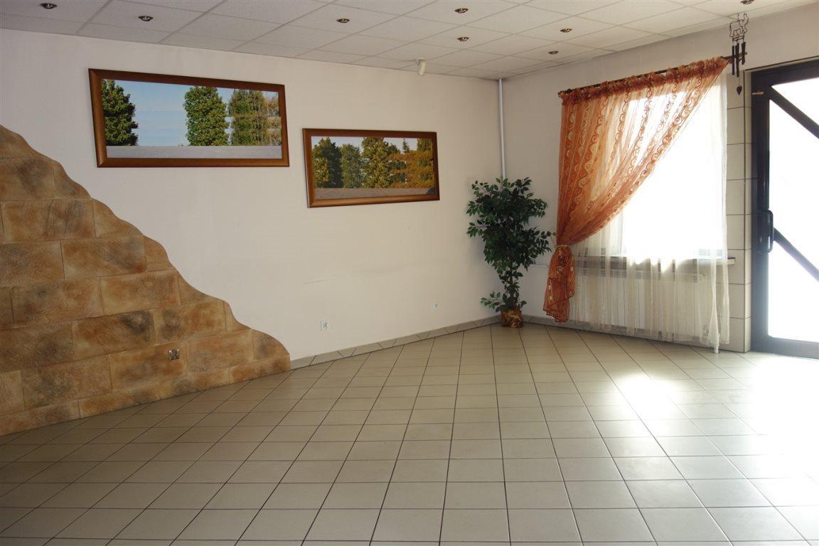 Lokal użytkowy na sprzedaż Częstochowa, Lisiniec  180m2 Foto 1