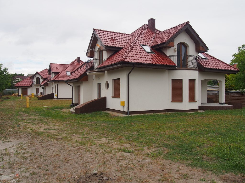 Dom na sprzedaż Inowrocław, Piastowskie  273m2 Foto 1